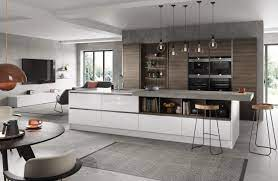 Bespoke Luxury Kitchens from a Professional Fitter